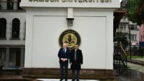Governor Kaymak and Rector Aydın met with foreign students studying at Samsun University.